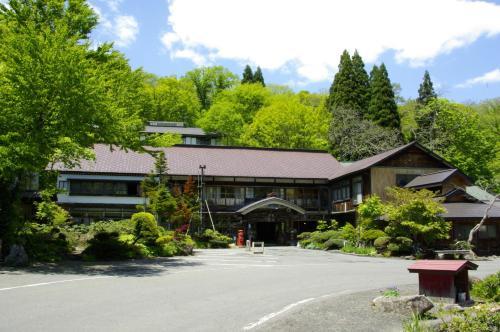 蔦溫泉旅館 Tsuta Onsen