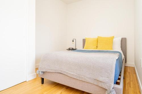 Upper East Side Yorkville NY 30 day Rentals