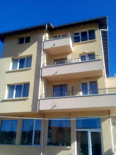 Konyarskata Kashta Hotel - Photo 5 of 24