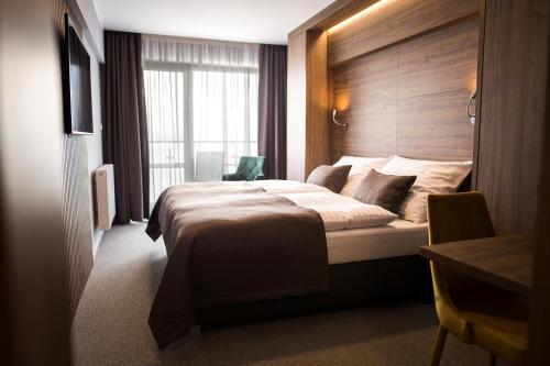 . Hotel Eurobus