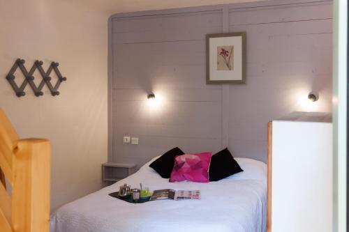 Chalet-Hôtel Le Belvédère - Hotel - Brides-les-Bains