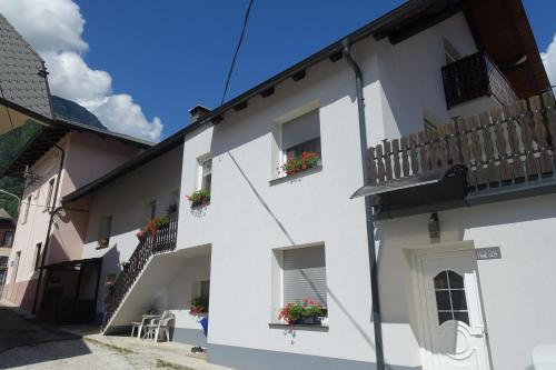 Apartma Hosnar - Apartment - Bovec