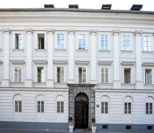 . Antiq Palace - Small Luxury Hotels Of The World