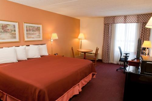 Howard Johnson By Wyndham Bartonsville/Poconos Area - Stroudsburg, PA 18321