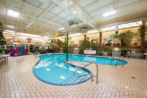 Victoria Inn Hotel & Convention Centre Brandon - Brandon, MB R7B 2R4