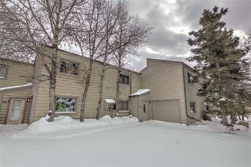 Badger Court 109 by Book by Owner - Apartment - Silverthorne