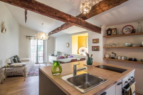 ARLES Maison petite Roquette et garage - Location saisonnière - Arles
