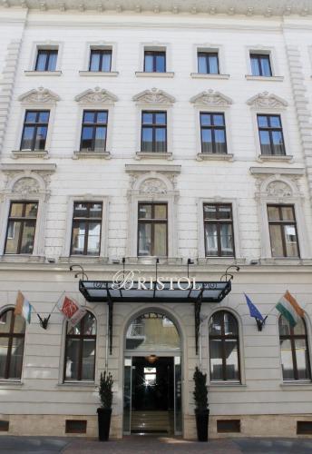 Bristol Budapest, Pension in Budapest