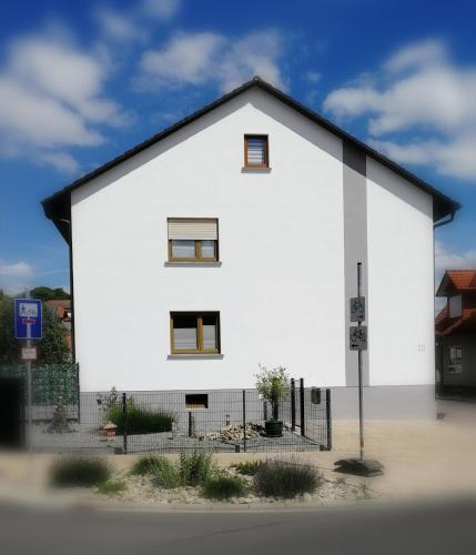 . Ferienwohnung Odenwaldblick