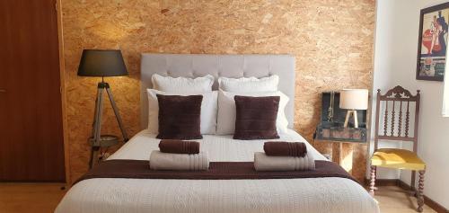 Casa do Criativo ® Bed&Breakfast, Almada