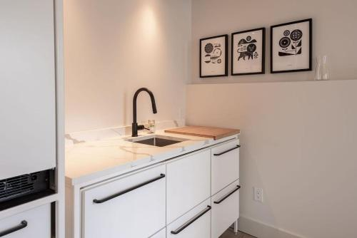 Brewery Park Suite 203 - Sunny North End Studio - Halifax, NS B3K 4E6
