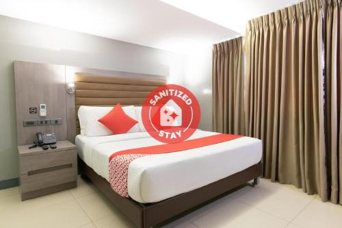 . OYO 146 Solace Hotel