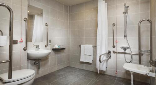 Holiday Inn London - Whitechapel, an IHG Hotel - image 12