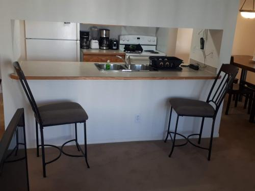 2 Bedroom 2 Bath Apartment with Gym