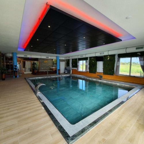 Best Western Hotel & SPA Pau Lescar Aeroport ex hôtel Vamcel - Lescar