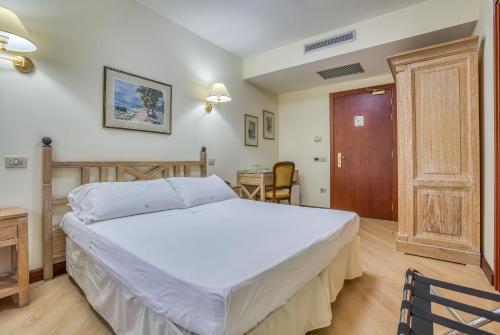 Sant'Elia Fiumerapido Hotels