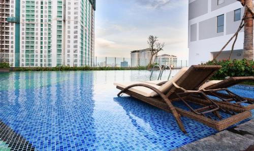 . RIVERGATE - Luxury Apartments across D1 - FREE Pool,Gym,Netflix