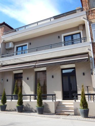 Ora Apartments