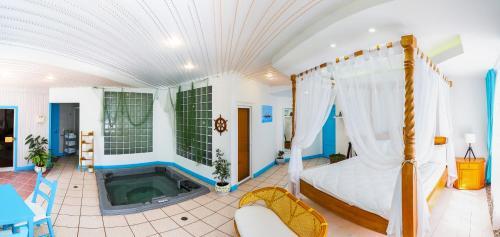 . Бутик-отель Эрмитаж Voyage