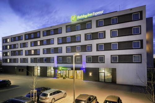 Holiday Inn Express Friedrichshafen, an IHG hotel - Hotel - Friedrichshafen