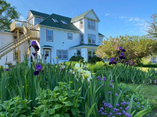 Harbourview Inn & Winchester House - Smiths Cove, NS b0s1s0