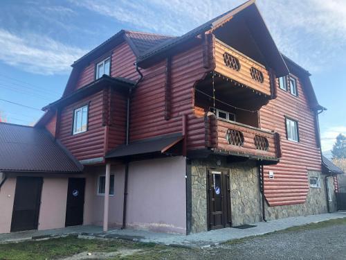 Fayniy Motel - Accommodation - Tatariv