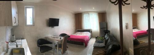 maksim - Accommodation - Batumi