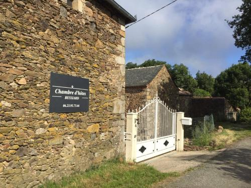 Chambre d'hotes Bessiard - Pension de famille - Laparrouquial