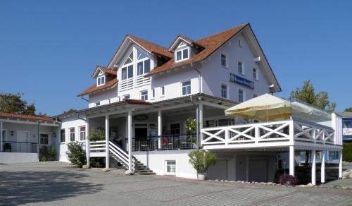 . Donau-Hotel