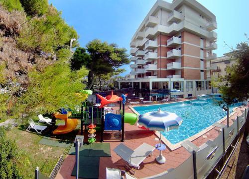 . Hotel Atlantic