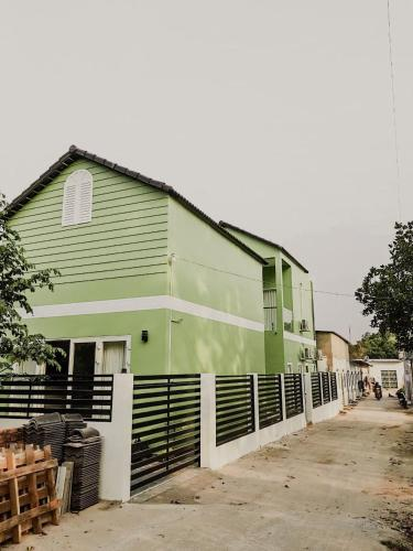 Nhien Homestay - The Green House