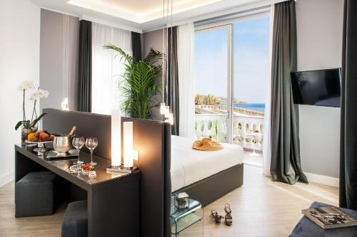 . Sanremo Luxury Suites