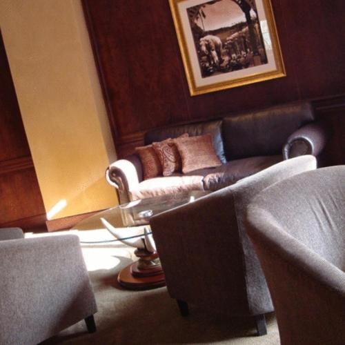 Royal Elephant Hotel & Conference