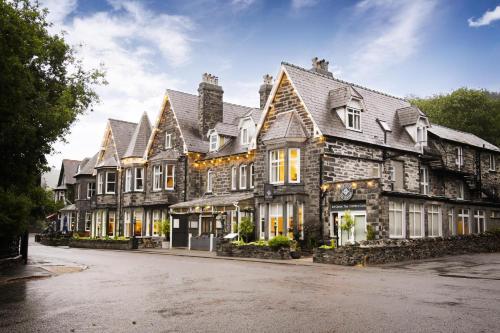. Gwydyr Hotel