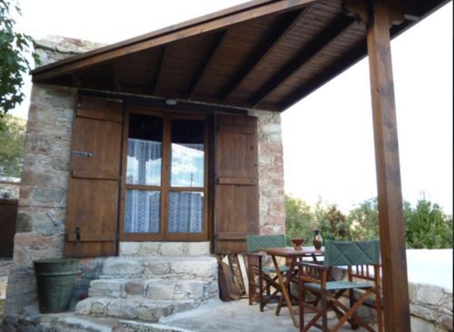 Androniki House - Photo 4 of 12