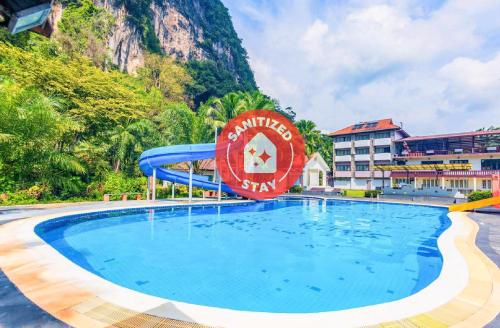 . OYO 392 P.n. Mountain Resort And The Cliff Villas