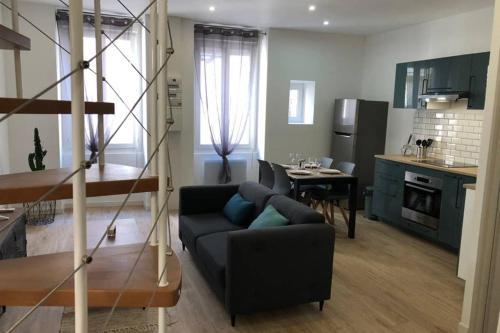 KNF HOUSE - Superbe T2 DUPLEX, à 5min des Arènes - Location saisonnière - Nîmes