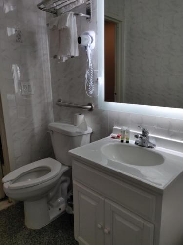 Hotel Key - image 5