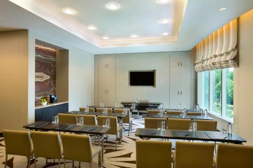 Hilton Capital Grand Abu Dhabi photo 6