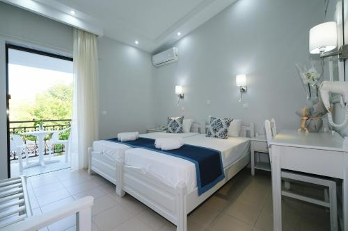 __{offers.Best_flights}__ Ifestos Hotel
