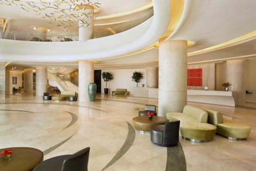 Hilton Capital Grand Abu Dhabi photo 8