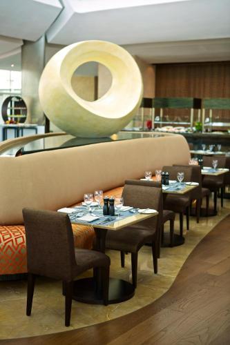 Hilton Capital Grand Abu Dhabi photo 30