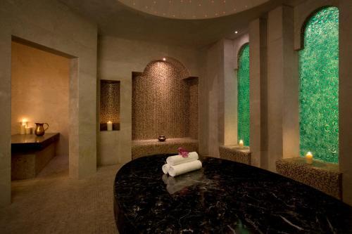 Hilton Capital Grand Abu Dhabi photo 36