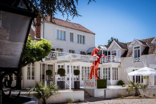 . Les Pleiades Hôtel-Spa-Restaurant