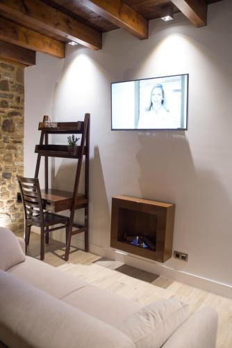 King Suite with Spa Bath - single occupancy Osabarena Hotela 10