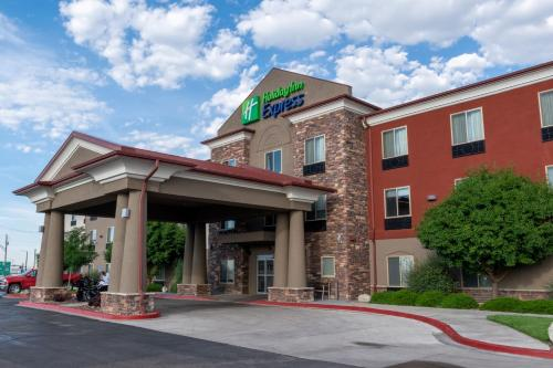 Holiday Inn Express Hotel & Suites Limon I-70/Exit 359