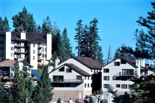 Tahoe Summit Village - Accommodation - Stateline