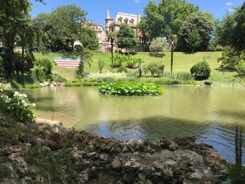 Vue imprenable sur le parc des Poètes - Location saisonnière - Béziers