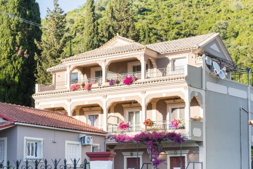 . Kadith Apartments
