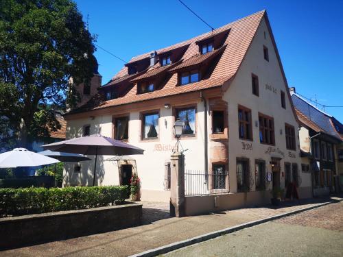 . Hotel Wistub Aux Mines d'Argents - Room Service Disponible
